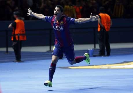 Suárez comemora segundo gol do Barcelona