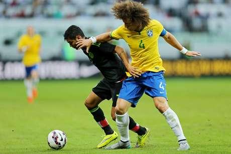 Sem Neymar, David Luiz foi o capitão da Seleção