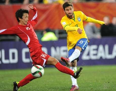 Boschilia arrisca chute: confronto com Uruguai nas oitavas