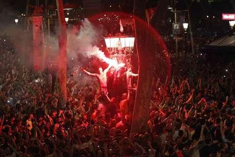Torcedores lotaram as ruas de Barcelona para comemora a quinta Liga dos Campeões