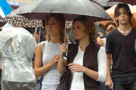 Jennifer e Eleonora formaram casal em Senhora do Destino