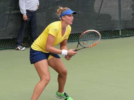 Bia Haddad será o principal nome do tênis brasileiro feminino no Pan-2015