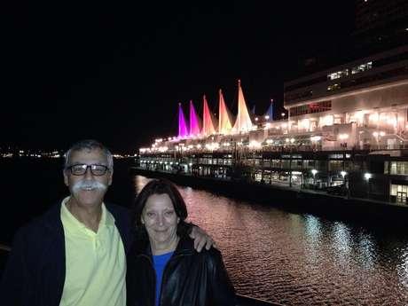 Mauro costuma viajar ao lado da esposa, Maria Cristina
