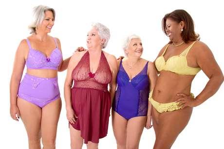 Modelos de 50 a 76 anos posaram para editorial de lingerie para a loja Mulherão