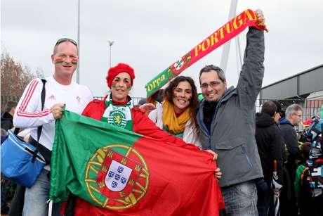 Portuguesa Sandra Krilen (esq.) trouxe o marido Richard para o jogo