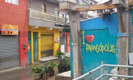Grafite feito ao lado da sede da União leva nome da novela global