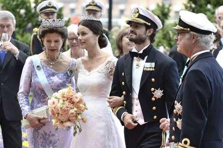 O casamento aconteceu no Palácio Real de Estocolmo com toda pompa de um evento real