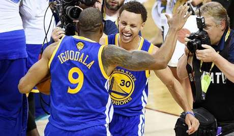 HOME - Cleveland Cavaliers x Golden State Warriors - Stephen Curry