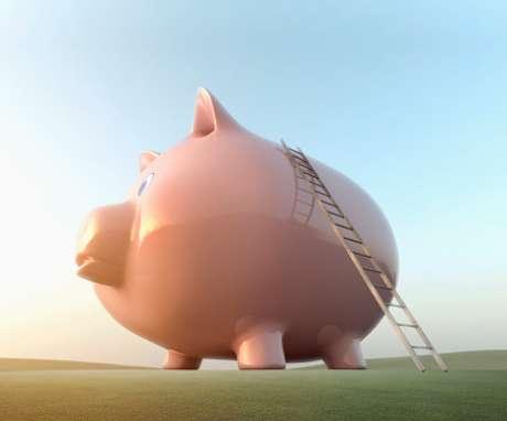El 30 por ciento de los mexicanos que ahorran lo hacen a través de medios informales, como tandas, guardaditos y alcancías.