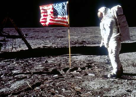 Rússia abre investigação sobre viagem dos EUA à Lua em 1969