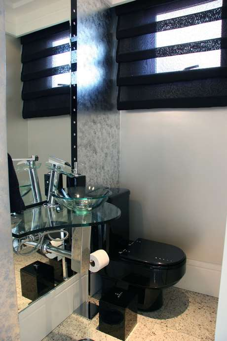 Lavabo veja 8 dicas para decorar e ampliar o banheiro -> Decoracao Banheiro Vaso Sanitario Preto