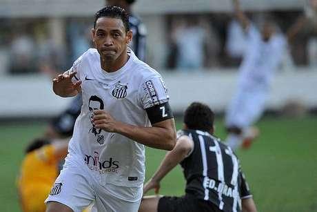 Santos põe camisa com rosto de Zito à venda e  oficializa  Z na ... 3e8ff17b87394