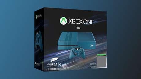 Aquí la parte frontal de la caja en la que viene el paquete conmemorativo de 'Forza 6'.