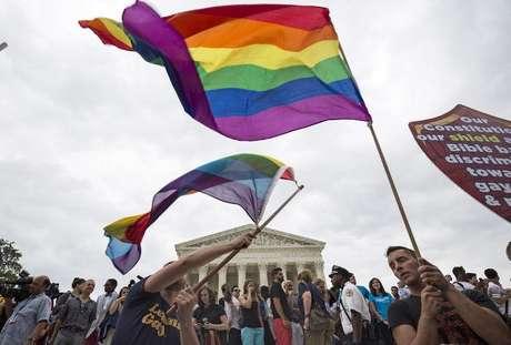 Pessoas comemoram aprovação do casamento gay nos EUA.  26/6/2015.