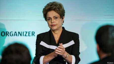 """Para Cardozo, Dilma expressou uma indignação típica de uma """"pessoa honesta"""" ao traçar o paralelo"""