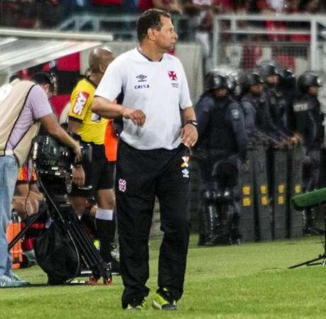 Celso Roth no jogo de ontem, Vasco x Flamengo