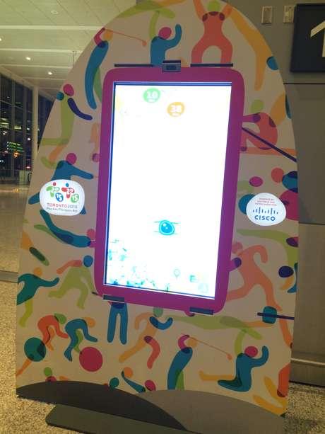 Aeroporto conta com painel interativo para tirar fotos