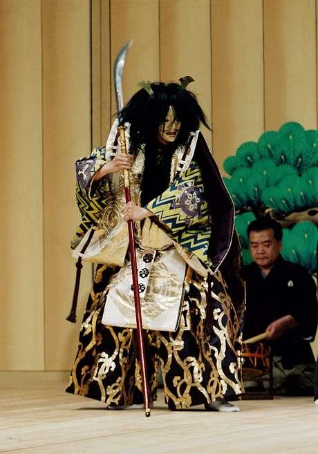 Nô e kyoguen são as manifestações artísticas mais antigas do Japão