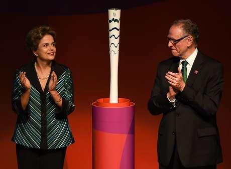 Dilma ao lado de Nuzman: presidente destaca participação do Bolsa-Atleta nas conquistas