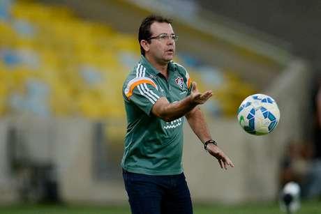Enderson Moreira teve passagem instável no Fluminense