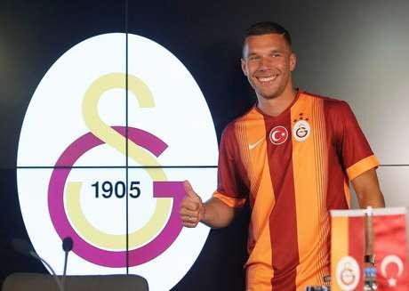 Podolski vai jogar no Galatasaray