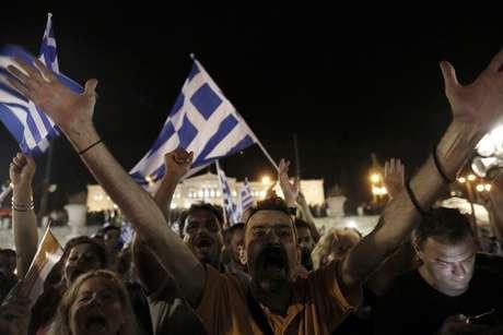 """Gregos votaram """"não"""" no referendo deste domingo"""