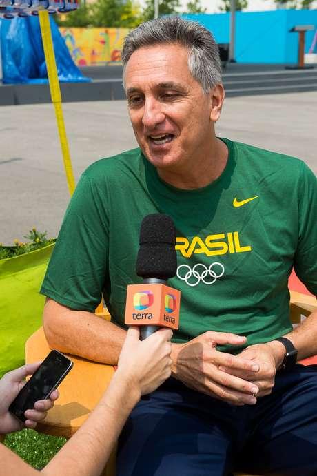 Marcus Vinícius Freire ajuda na preparação da delegação brasileira