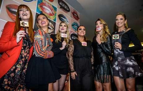 Famosas se reúnem em inauguração de loja da M.A.C na Av. Paulista
