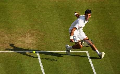 Djokovic venceu Marin Cilic por 3 sets a 0 e avançou à semifinal