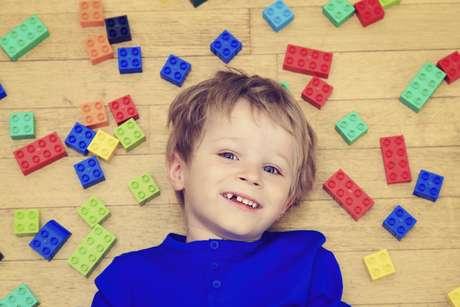 Os brinquedos costumam estimular a criatividade das crianças, mas também servem para os adultos