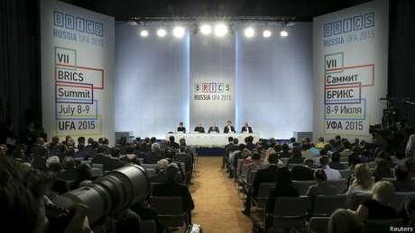 Nesta cúpula dos Brics, cidade-sede reuniu apenas líderes e empresários dos países-membros