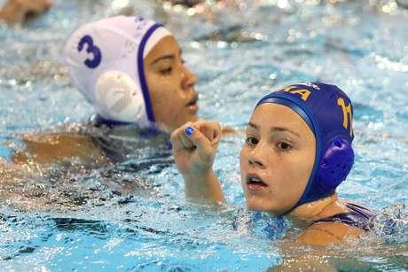 Mirella Coutinho é uma das principais destaques da Seleção de polo aquático