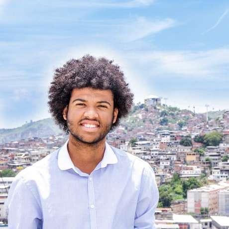 Rene Silva, editor-chefe do Voz da Comunidade