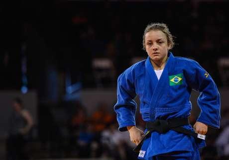 Nathalia Brígida, que desbancou a campeã olímpica Sarah Menezes na convocação para o Pan, ficou muito perto de garantir uma vaga na final