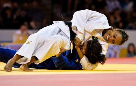 Érika Miranda perdia por um shido até pouco menos de 30 segundos para o fim da luta, quando conseguiu virar a luta