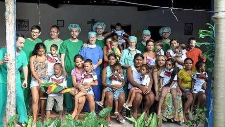 Onze crianças brasileiras foram operadas graças ao jogador alemão Mesut Özil