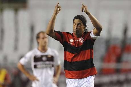 Ronaldinho jogou pelo Flamengo em 2011 e início de 2012.