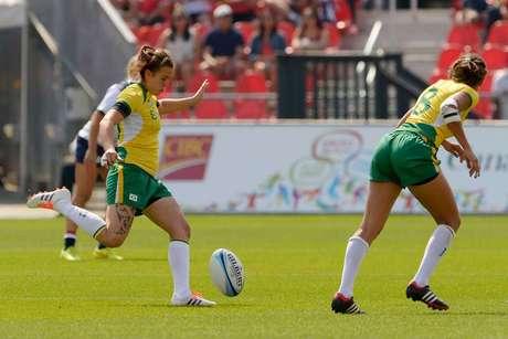 Seleção feminina passa fácil pela Argentina e volta para casa com o bronze
