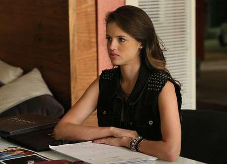 Giovanna (Agatha Moreira), de 'Verdades Secretas', estreia no ranking em primeiro lugar com cabelo longo e ondulado