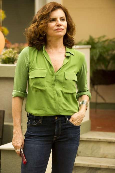 Lígia (Débora Bloch), de 'Sete Vidas', ficou em sexto lugar com fios ondulados na altura dos ombros