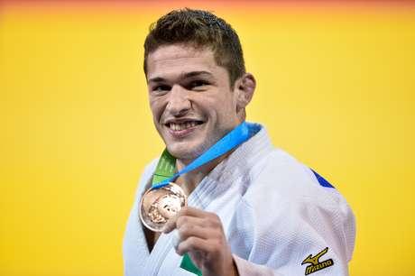 Victor Penalber ficou na terceira posição e levou o bronze na categoria até 81kg