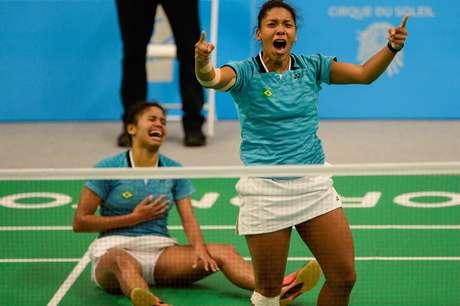 Irmãs Vicente superaram dupla canadense e se garantiram na final do badminton nos Jogos Pan-Americanos