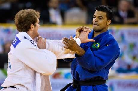 Luciano Corrêa teve um dia impecável e conquistou o ouro