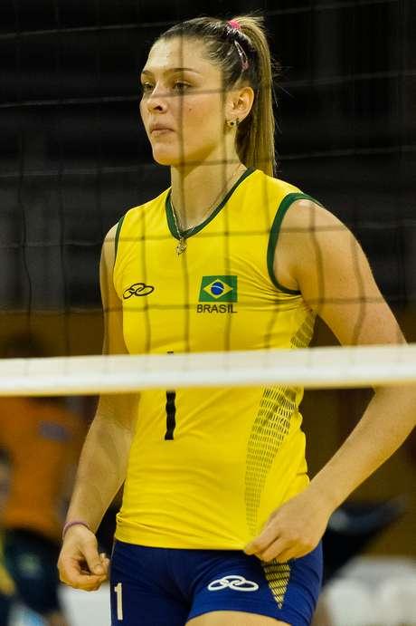Rosamaria não foge das perguntas e comemora exposição dos Jogos Pan-Americanos