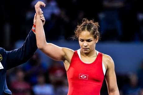 Aline Silva se recuperou depois do tropeço nas quartas de final