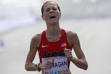 Lindsay Flanagan, dos Estados Unidos, chorou bastante ao chegar ao final dos 42km