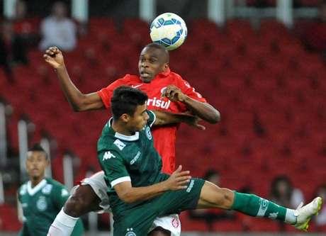 FOTOS - Com gol no fim, Inter derrota Goiás e se afasta da zona do rebaixamento
