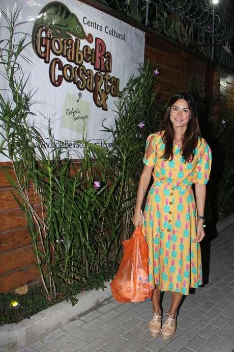 A atriz Thaila Ayala prestigia aniversário do filho de Juliana Paes, no Rio de Janeiro, neste domingo (19)