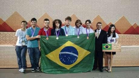 Os estudantes foram selecionados com base nos resultados da 36ª Olimpíada Brasileira de Matemática