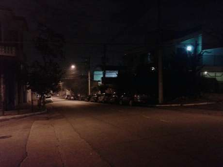 Escuridão na rua dos Ciclames preocupa moradores